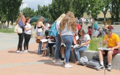 Yearbook Signing Party allows students to pick up their yearbook early