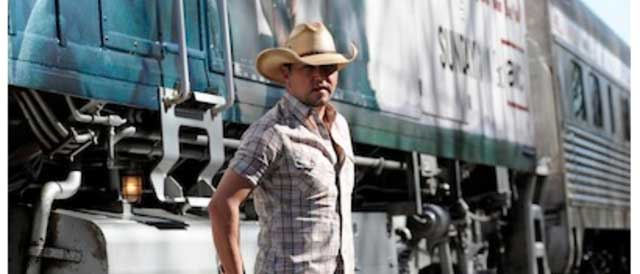Photo from the Jason Aldean official website, used with permission under fair use.