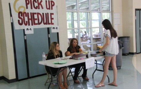 Schedule pickup days allow students to receive tentative schedules