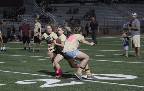 Amaya Gregory runs the ball for the junior class. Photo by Ella HoChing.