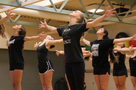 The Dance IV class practices their routines during fourth period for the 4WRD show. Photo by Britney Flint