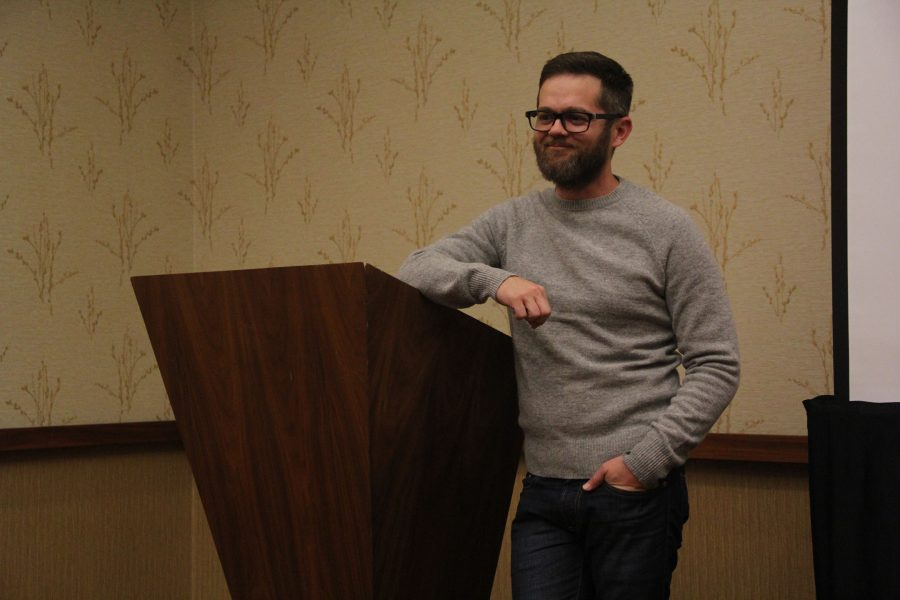 Winner of sixth season of 'The Voice' Josh Kaufman answers questions from journalism students attending the JEA/NSPA National High School Journalism Convention. Photo by Rachel Marquardt