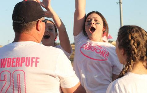 Freshmen dominate sophomores in powder puff