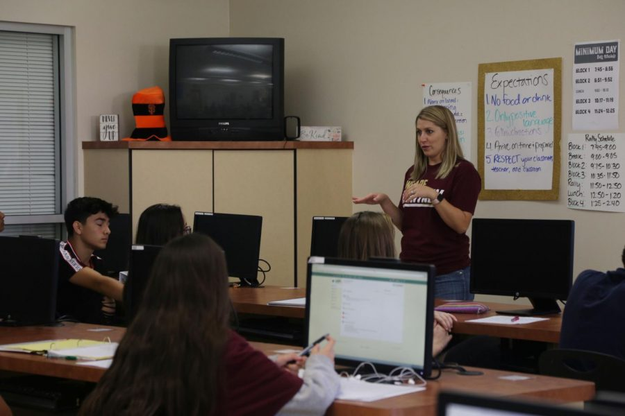 During Mrs. Alyssa Gonzalez's fifth period Intro to Business class, students learn about the foundation of the business industry. Photo by Jessica Rose.