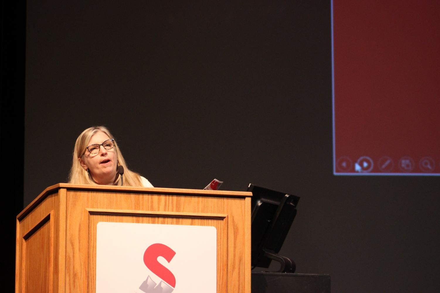 WELCOME TO SIERRA. Rachelle Smith, a faculty member of Sierra College, welcomes high school students to the Sierra campus on CTE day. Topics such as Sierra's Fire Technology, Mechatronis, and Fashion Industry educational pathways were introduced and explained.