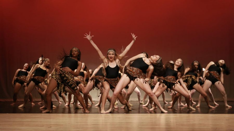 """IN THE MIDDLE OF IT ALL - """"Circle of Life"""" choreographed by Halley Crandell. Photo by Paulina Solorzano"""