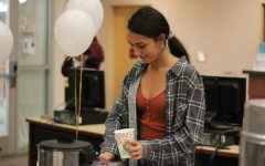 Cocoa and Cram provides opportunity for last-minute studying and help before finals week