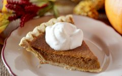 Traditional Thanksgiving pumpkin pie.  Photo by: Kasumi Loffler from Pexels.